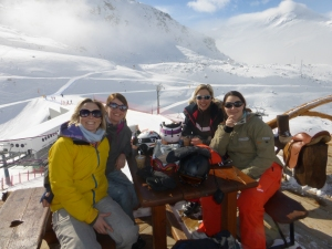 Checkout the quiet pistes in the background