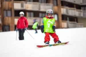 Luc snowboarding